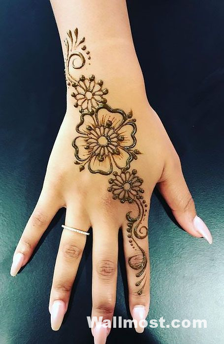 Simple Mehndi Designs 26