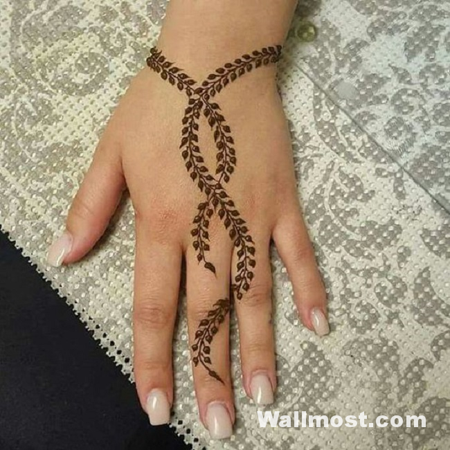 Simple Mehndi Designs 27