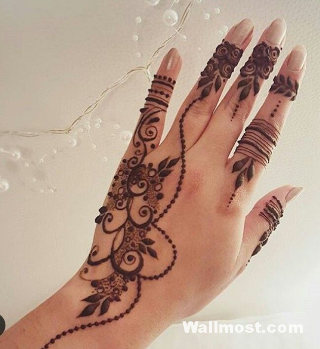 Simple Mehndi Designs 30