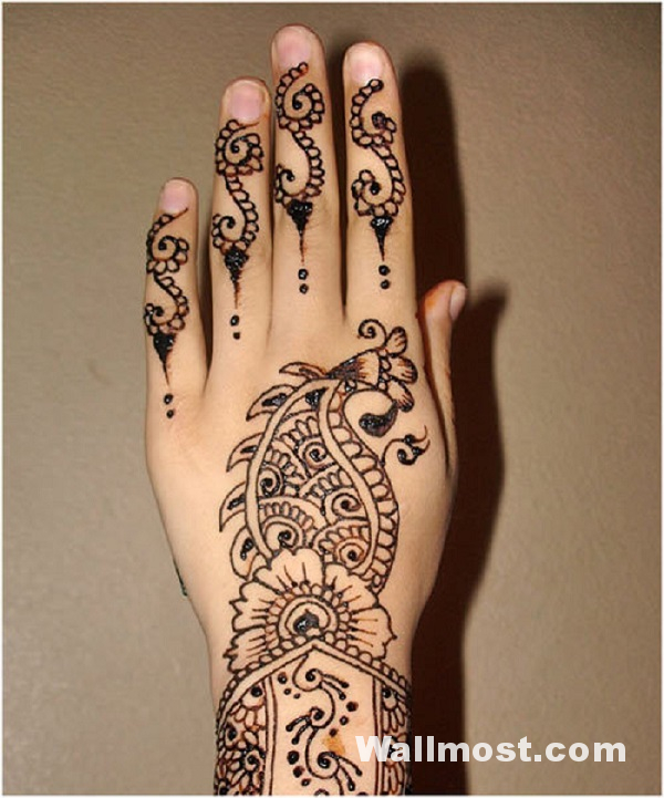 Simple Mehndi Designs 34